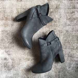 7 For All Mankind leather booties